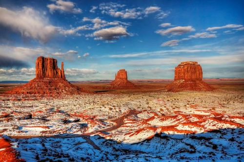 monument-valley-utah_29853_600x450